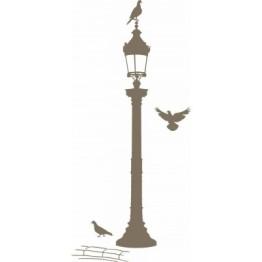 Une déco simple, poétique et chic. http://www.wallsweethome.fr/fr/stickers-muraux/stickers-design-urbain/grand-sticker-y-de-laro-because-reverbere-bronze/