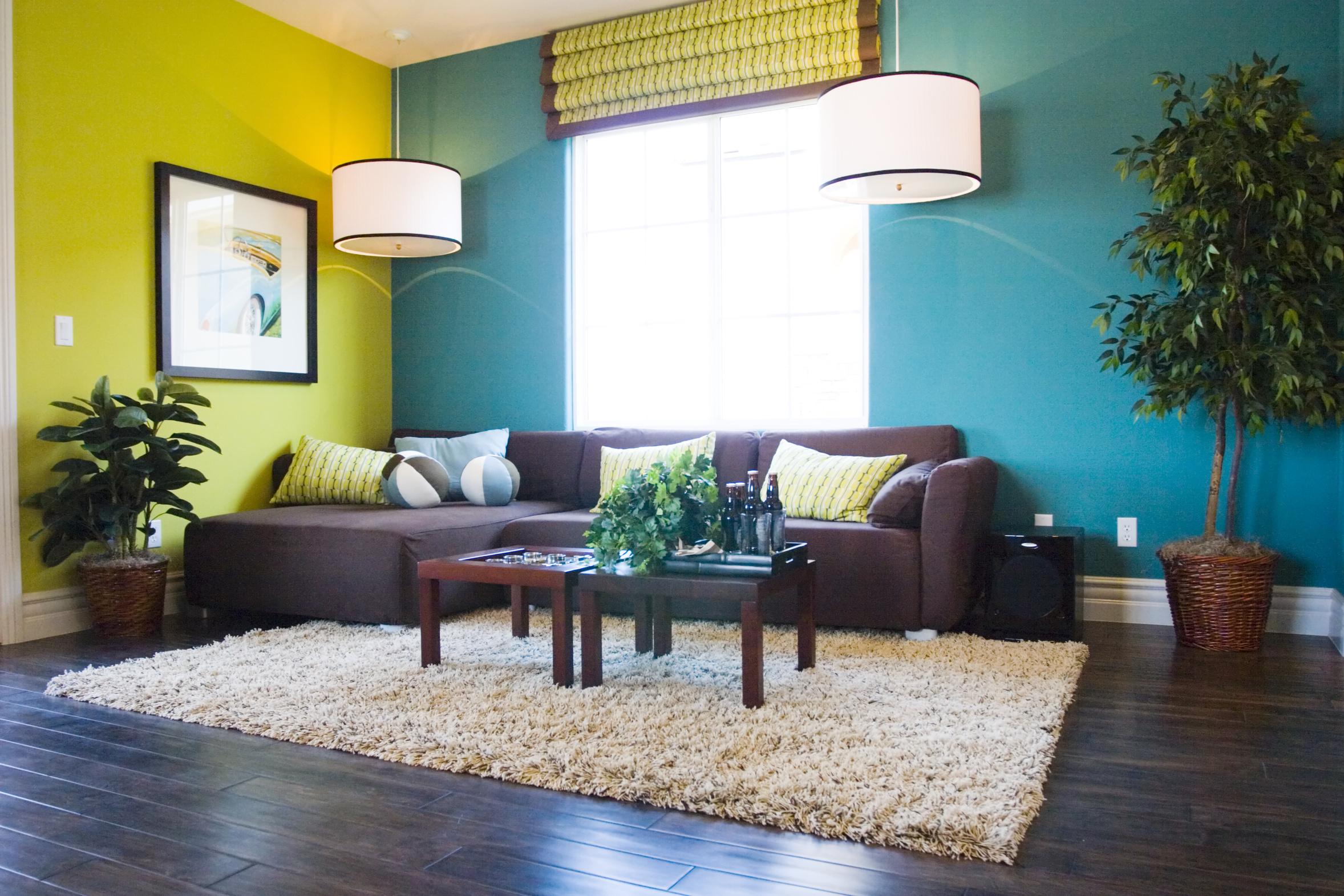 La couleur des murs joue sur la taille de la pièce « Décore la vie !