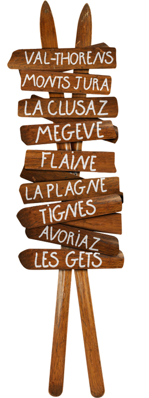 http://www.wallsweethome.fr/fr/stickers-muraux/stickers-voyage/deco-montagne-skis-anciens/