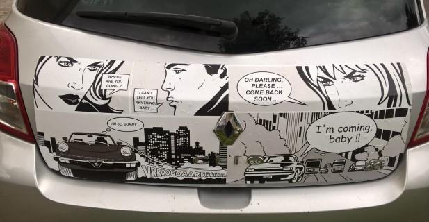 Sticker BD pour frigo détourné en Sticker BD pour voiture...