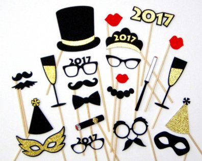 https://www.etsy.com/fr/listing/212358450/new-years-eve-photo-booth-props-feutre?ref=listing-shop-header-1