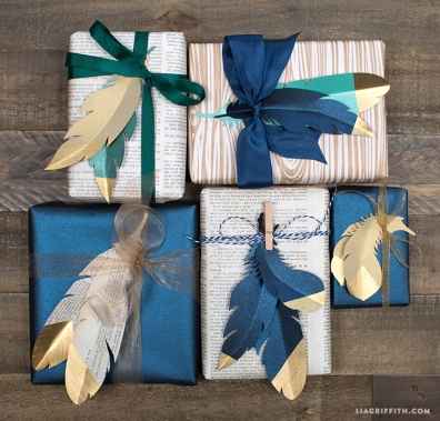 paper_feather_gift_toppers_gold