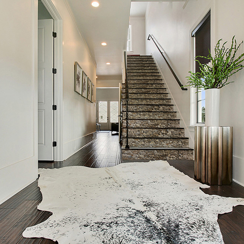 Décoration d'escaliers avec des stickers contremarches d'escalier représentant des pierres en trompe-l'oeil